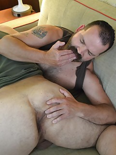 Gay Ass Fingering Porn