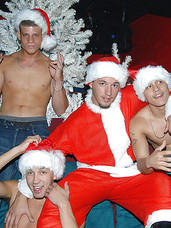 This hot papi xmass party is off the chain