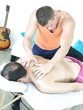 Straight dude gets explored by the gay masseuse